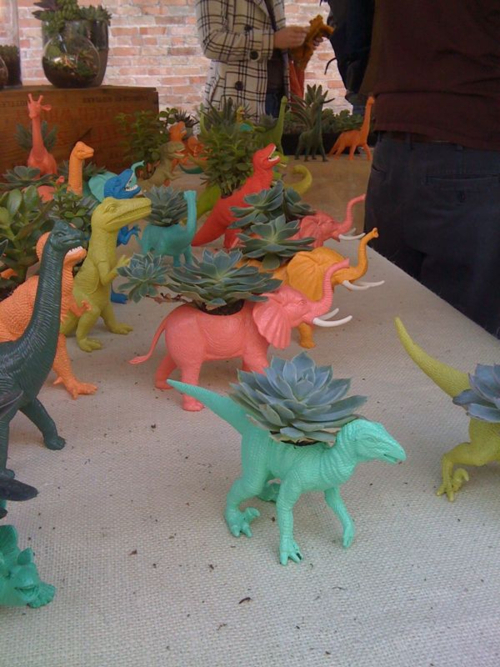 Dinosaur_planters_by_plaidpigeon_on_etsy